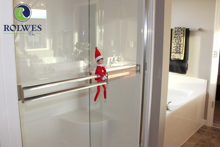 Rolwes Elf 6 in a new bathroom